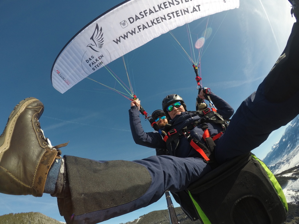 Winter Paragliding Zell am See