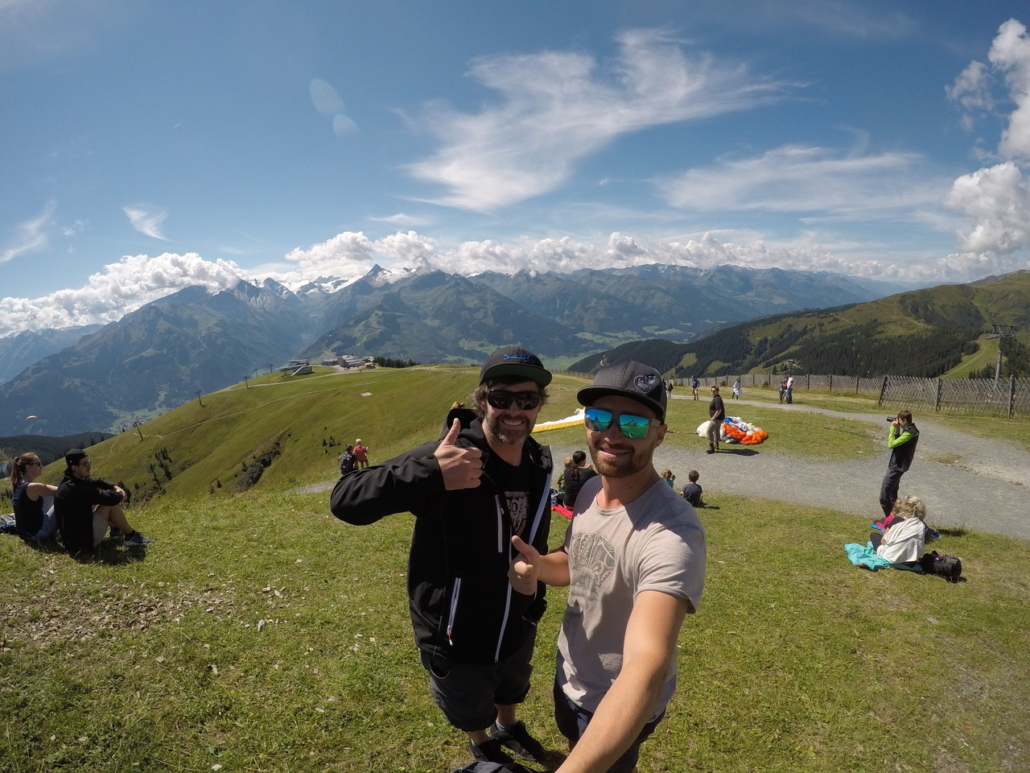 Preperation for paragliding in Zell am See